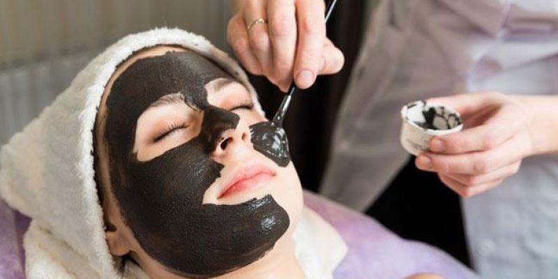 Cách làm mặt nạ than hoạt tính giúp trị mụn an toàn, trẻ hóa cho làn da của bạn